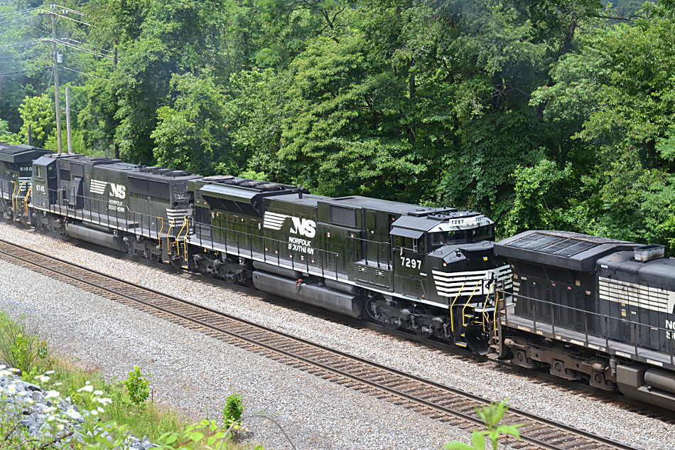 NS SD70ACU #7297 - Front Royal, Virginia - July 5, 2016