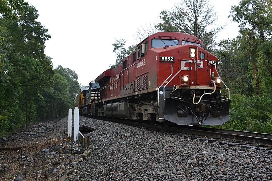 CP #8852 leads NS train 290 near Linden, Virginia on 9/30/2016