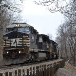 NS D8-40CW #8443 leads train 211 east near Linden, Va on 1/27/2017.
