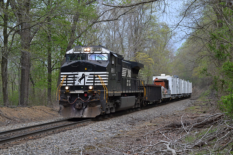 NS train 937 led by D9-44CW #9911 climbs Linden Hill on 4/16/2017.