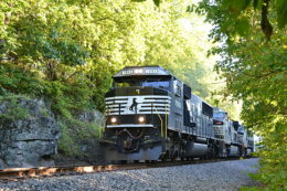 NS train 16T is led by NS SD60E #7008 northbound near Front Royal, Va on 9/13/2017.