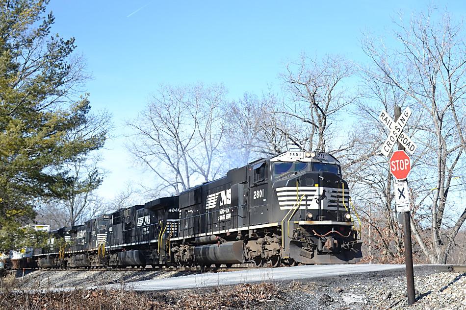 NS SD75 #2801 leads train 211 east through Linden, Virginia on 1/26/2018.