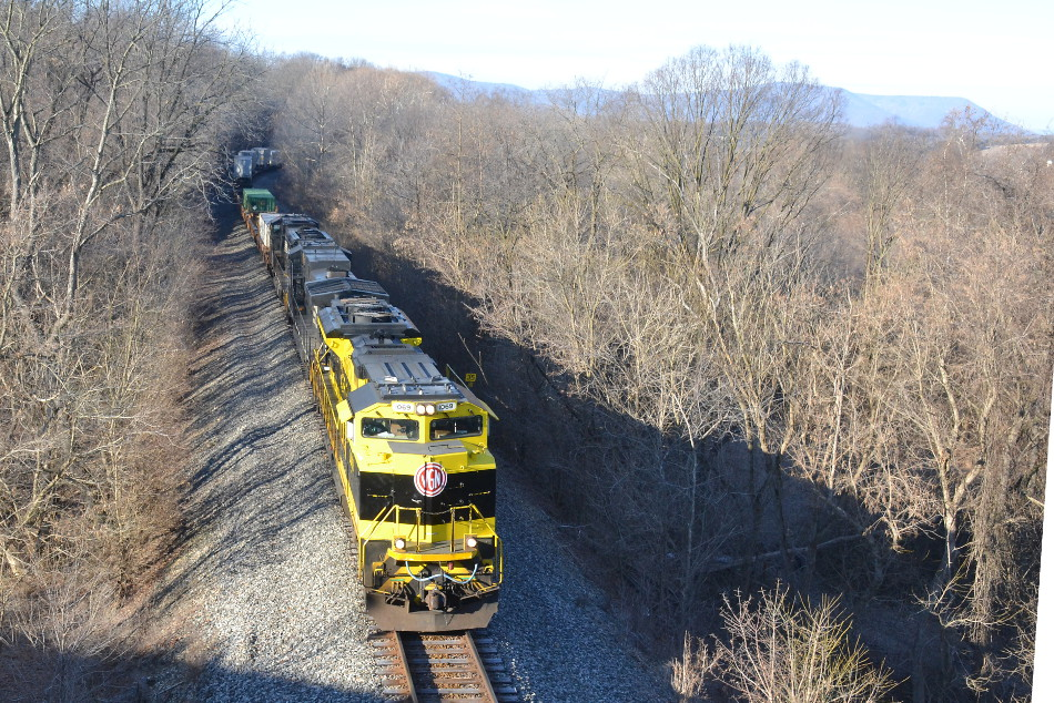 NS 1069 (Virginian Heritage unit) leads NS train 202 north through Front Royal, Va on 1/15/2018.