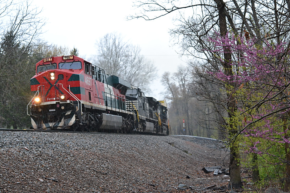 Ferromex ES44AC #4697 leads NS train 203 east through Linden, VA on 4/24/2018.