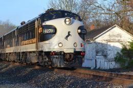 NS F-9A #4970 leads train 954 north past White Post, VA on 4/28/2018.