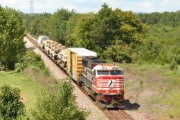 NS train 054 led by NS SD60E #5642 heads east through Wellington, VA on 8/31/2018.