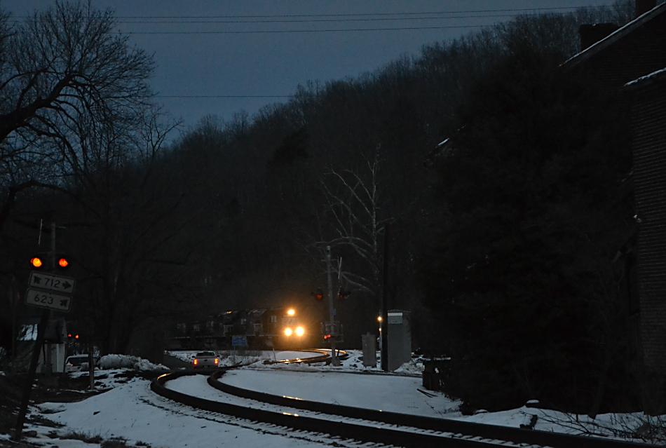NS SD40-2 #3403 leads train 36Q east into Delaplane, VA on 2/21/2019