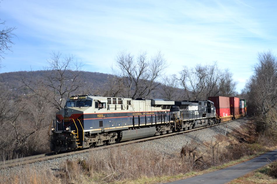 NS train 227 is led west by NS ES44AC #8101 (Central of Georgia Railway heritage unit) on the NS B-line past Linden, Virginia.