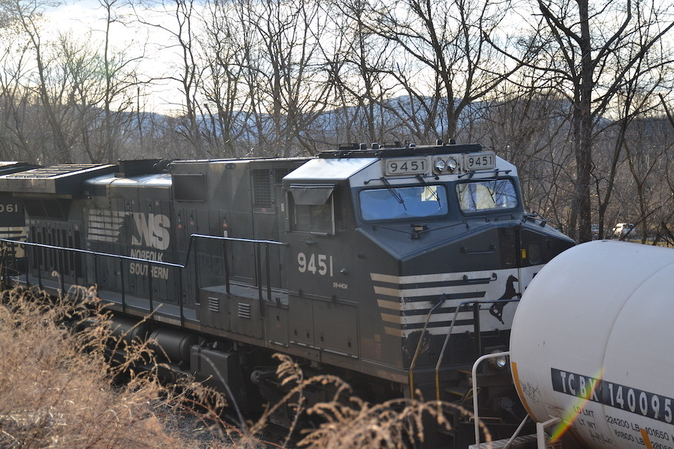 NS train M6T's mid-train DPUs remained on the rails behind the derailment at Riverton Junction, Virginia on 3/4/2021.
